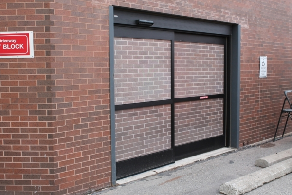 Doors graphics Uhaul