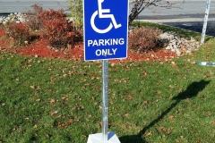 Freestanding aluminium parking sign